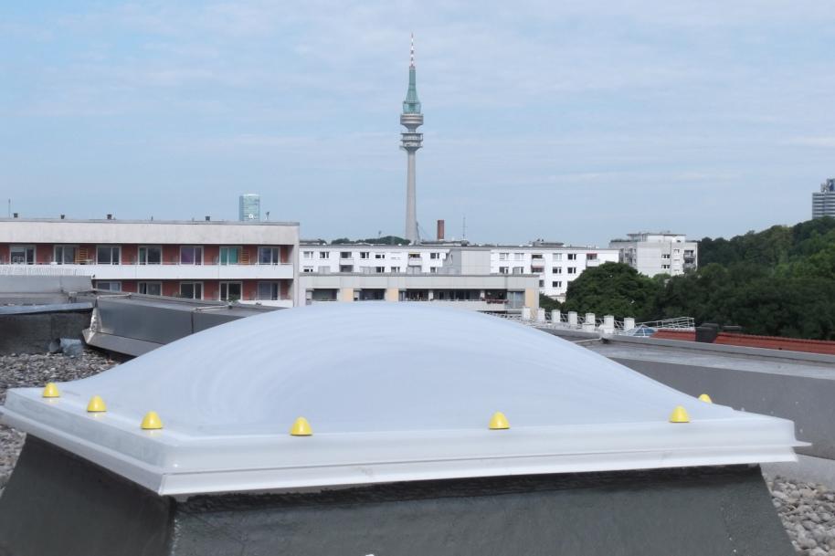 Lichtkuppel mit RWA Einbau München