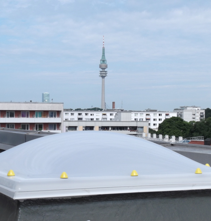 Kernbohrungen München/Lichtkuppel Einbau